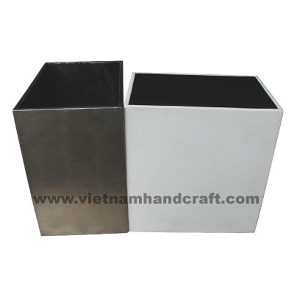 Set of 2 lacquered wooden dry flower vases in solid white & silver metallic bronze