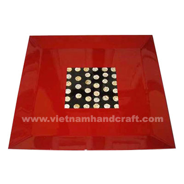 Red lacquered wooden tray with eggshell inlay in centre