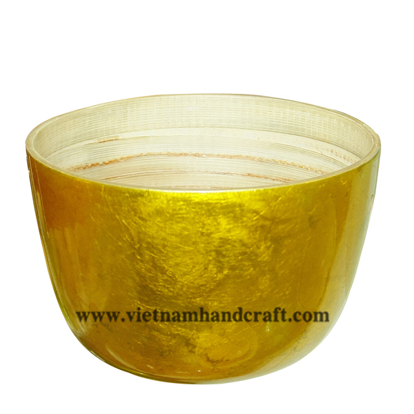Lacquered bamboo bowl. Inside in natural bamboo, outside in gold silver leaf