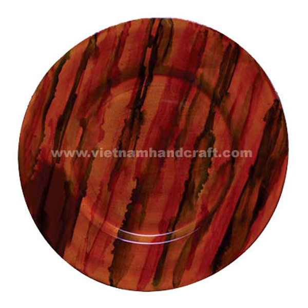 Lacquered cake plate