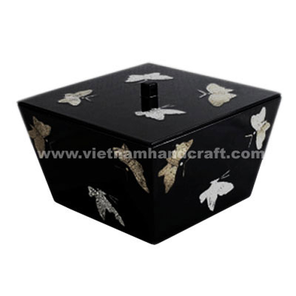 Black lacquerware food storage box inlaid with eggshell butterflies