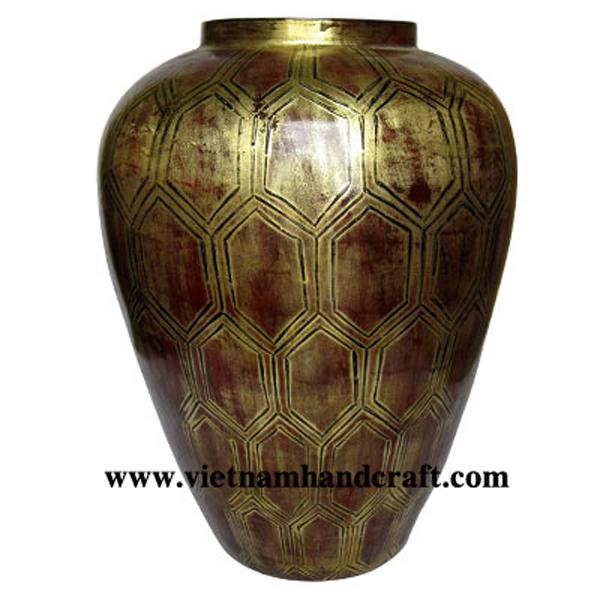 Lacquered bamboo decor vase in antique finish with hand-painted motif