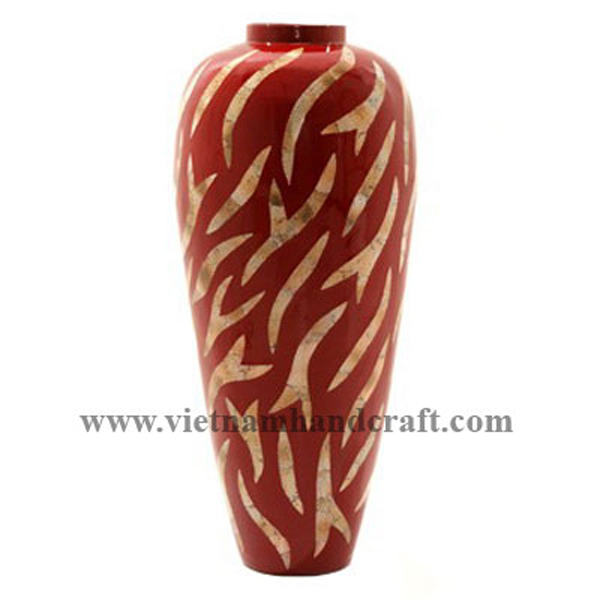 Red lacquered bamboo decoration vase inlaid with eggshell
