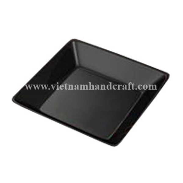 Black lacquered food dish