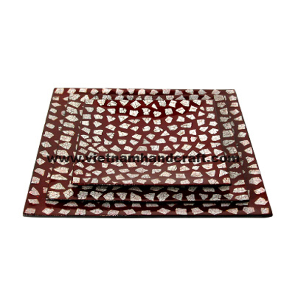 Dark red lacquer plate with white eggshell inlay