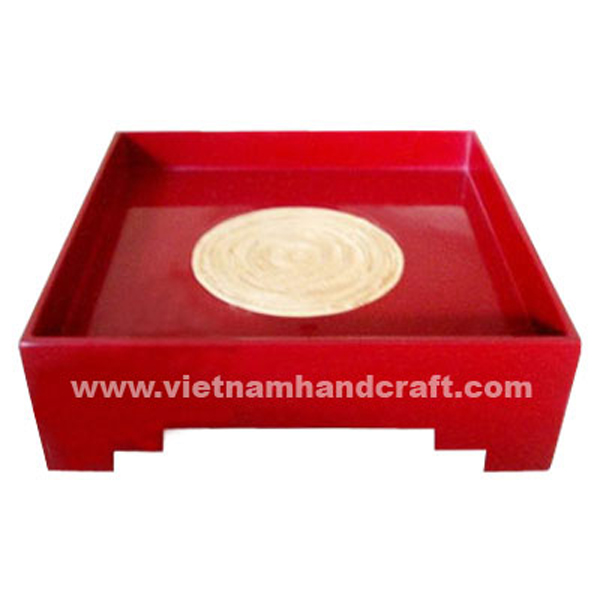Red lacquer bamboo serving tray with natural bamboo circle in centre