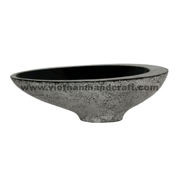 Black lacquered decor bowl with white eggshell inlay outside