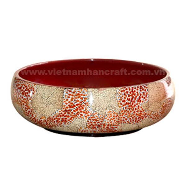 Red lacquered decor bowl with eggshell inlay outside