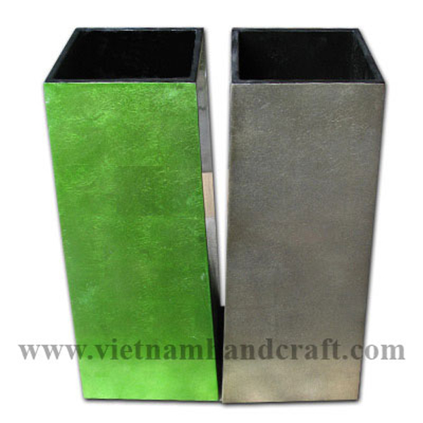 Lacquer wooden vases in green & bronze silver