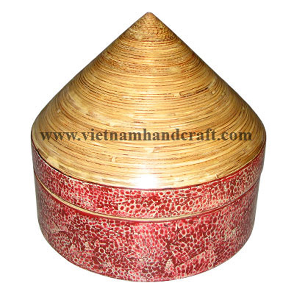 Lacquer bamboo candy box with eggshell inlay