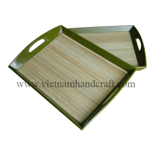 Lacquered bamboo cake tray in natural bamboo & green