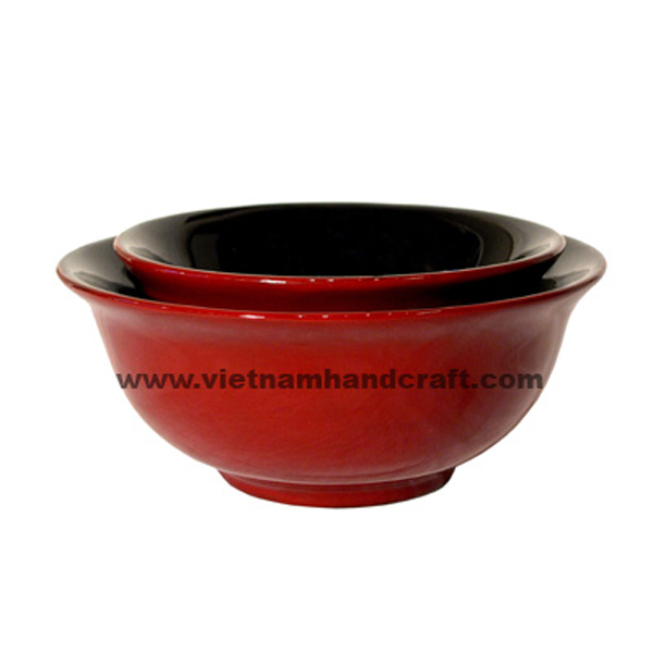 Lacquer wood storage bowl in red & black