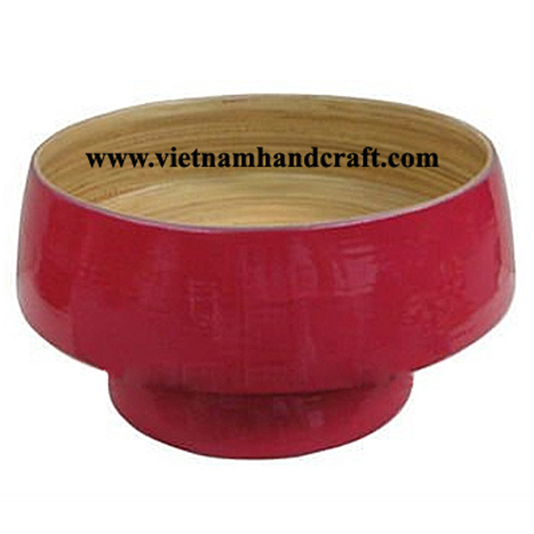 Lacquered bamboo fruit bowl. Inside in natural bamboo, outside in pink