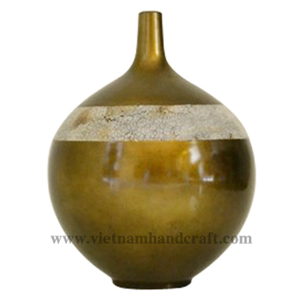 Bronze silver lacquered ceramic decor vase with egg shell inlay
