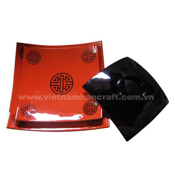 Set of three black & red lacquered plates with Chinese characters