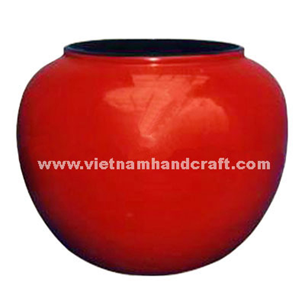 Solid red lacquered plant pot