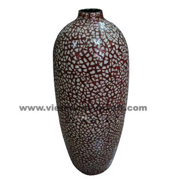 Red lacquered ceramic vase inlaid with white egg shell