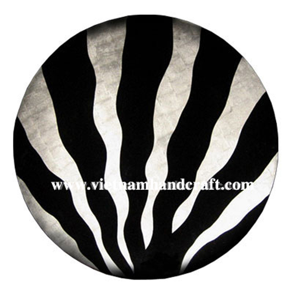 Black lacquered decor plate with white silver leaf artwork inside