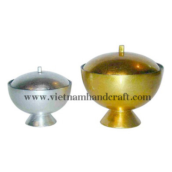 Lacquered storage bowl in white & gold silver leaf