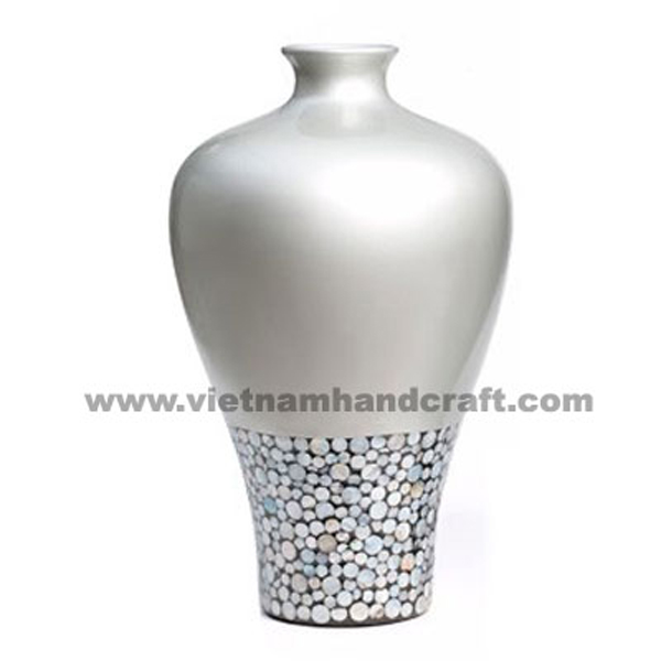 Solid silver lacquered ceramic decor vase inlaid with sea shell
