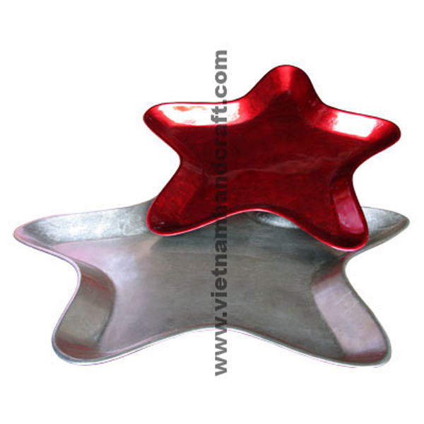 Set of 2 star-shaped lacquered plates in red & white silver
