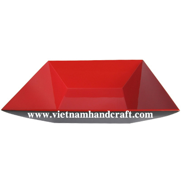 Lacquer fruit bowl in red & black