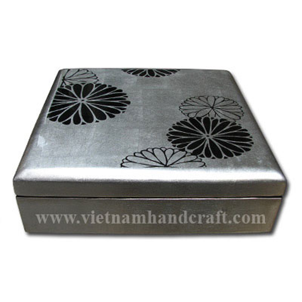 Lacquer wood decor box in white silver leaf with hand-painted black artwork