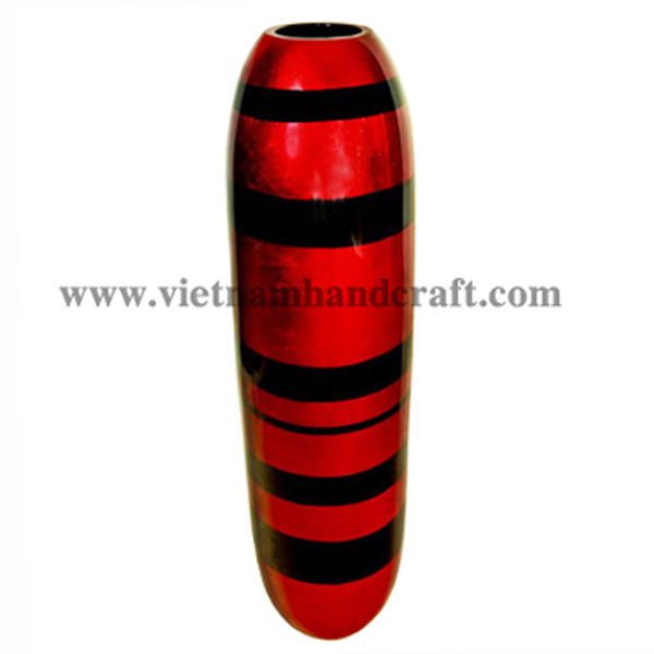 Lacquered vase in red silver with black stripes