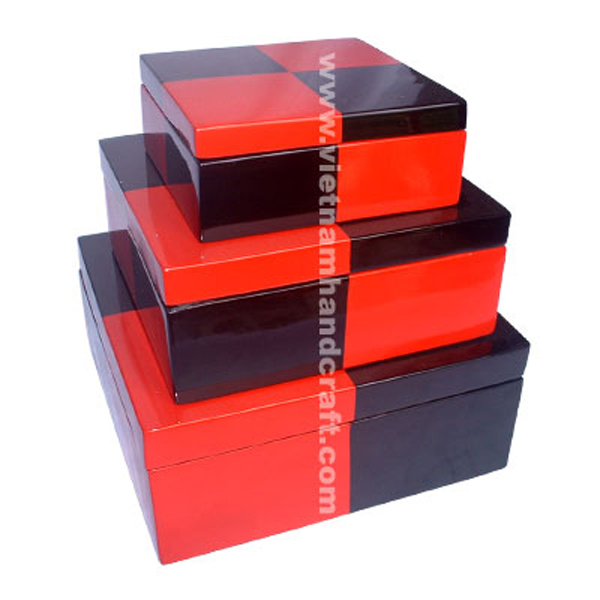 Set of 3 lacquer wood decorative boxes in black & solid red