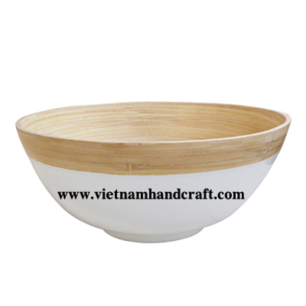 Lacquer bamboo bowl in natural & white