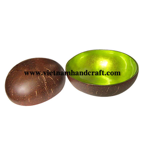 Lacquer coconut bowl. Inside in silver metallic green, outside in  natural coconut shell