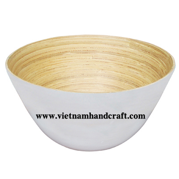 Bamboo lacquerware bowl in natural & white