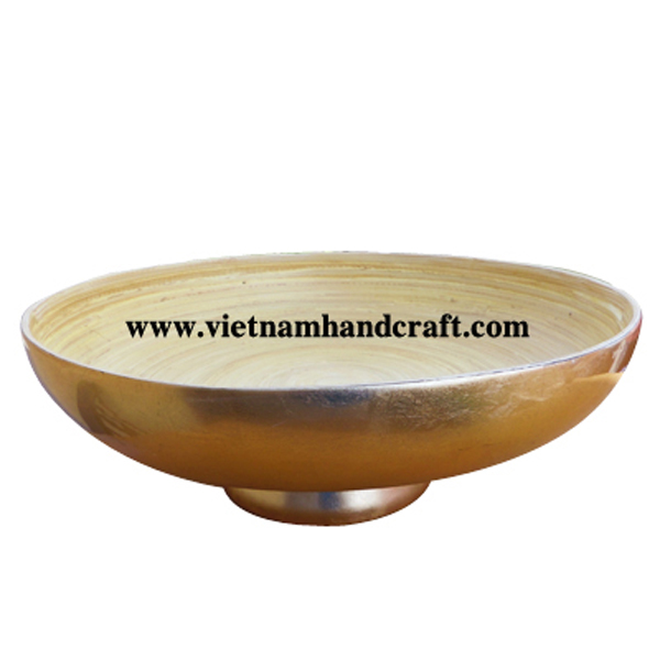 Lacquered bamboo food bowl. Inside in natural bamboo, outside in light gold silver