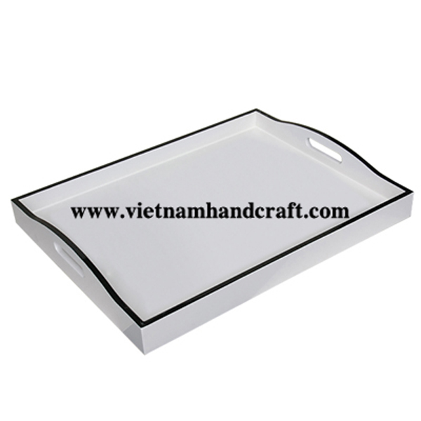 White lacquered serving tray with black rim