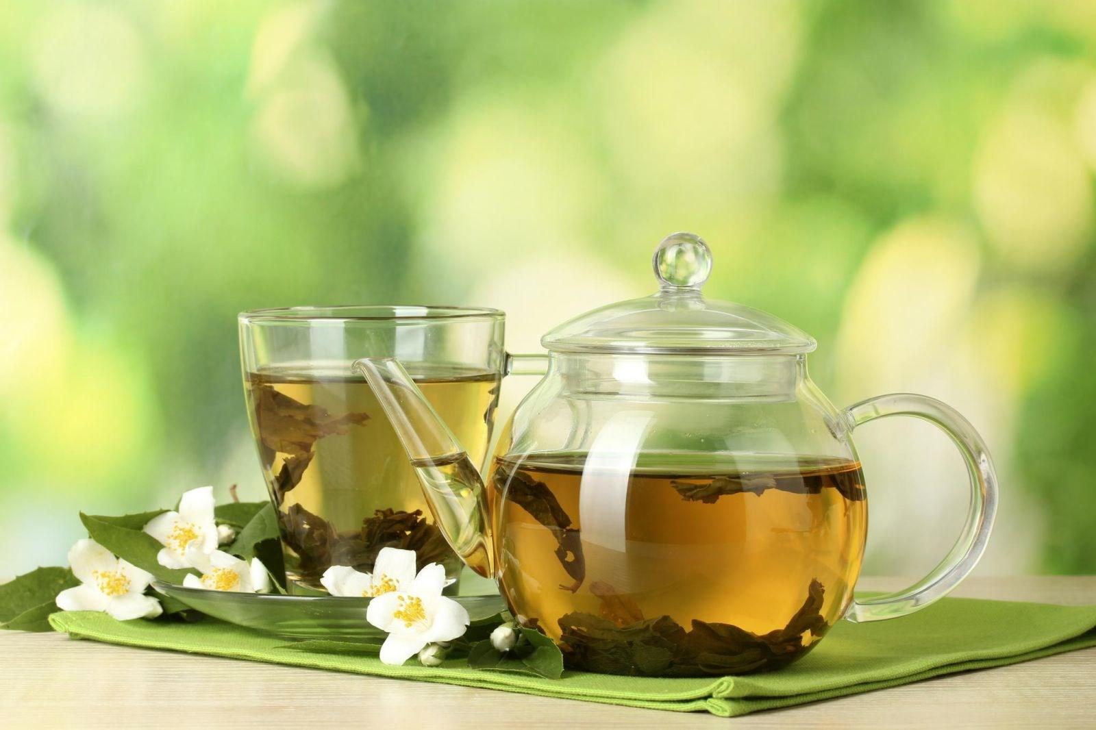 Nước trà đặc có tác dụng hiệu quả trong việc đánh bóng đồ gỗ