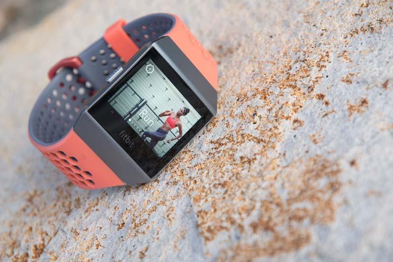 Đồng hồ thông minh chống nước tốt nhất 2020: Fitbit Ionic