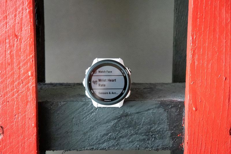 Đồng hồ chạy bộ Garmin Forerunner 245 Music