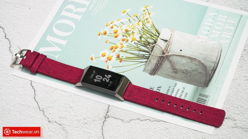 Đánh giá vòng Fitbit Charge 3