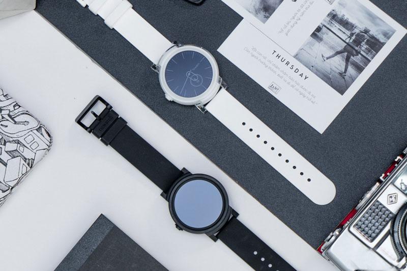 Đồng hồ thông minh Ticwatch E