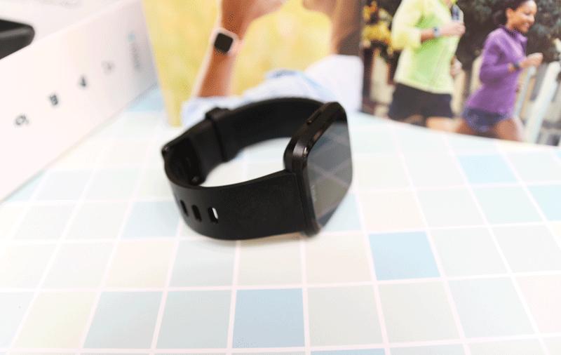 vòng đeo fitbit versa chính hãng