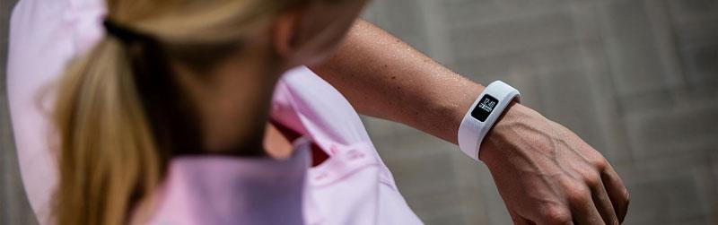 đồng hồ theo dõi sức khỏe garmin vivo series techwear