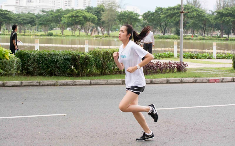 Đồng hồ thể thao fitness tracker