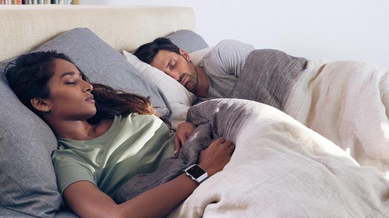 Nghỉ ngơi hợp lý và theo dõi giấc ngủ