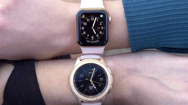 Apple Watch và Samsung Galaxy Watch