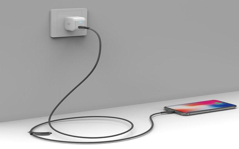 Cáp InnoStyle DuraFlex 1.5M USB-C To Lightning