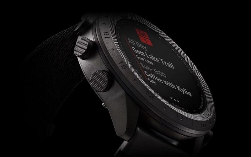 Đồng hồ Garmin MARQ Commander