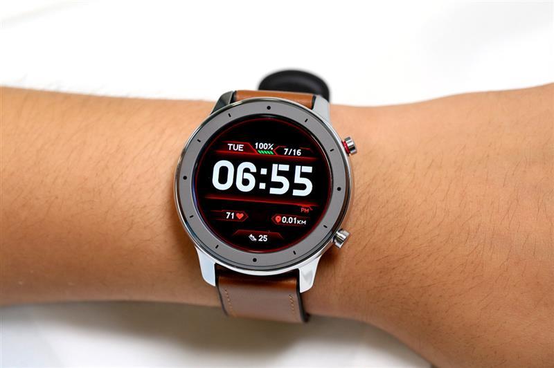 Đồng hồ thông minh Huami Amazfit GTR
