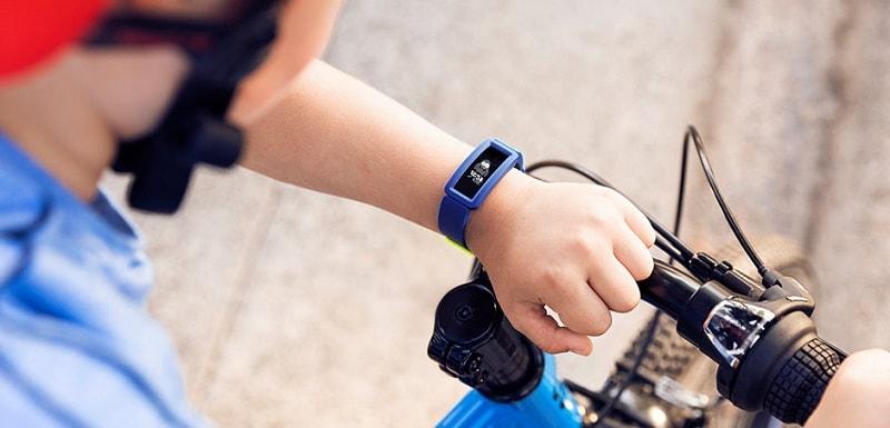 Đồng hồ Fitbit Ace 2
