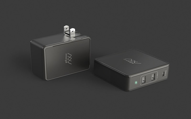 Sạc Đa Cổng Macbook InnoStyle GoMax Plus 73W Đen
