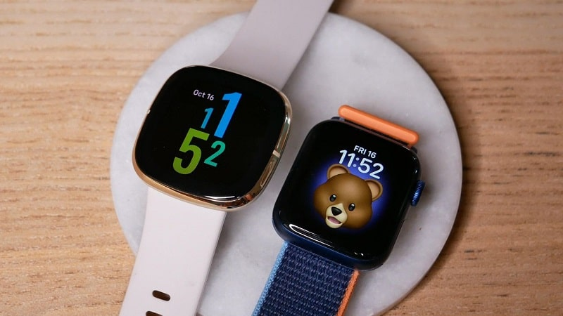 Đồng hồ Fitbit Sense vs Apple Watch Series 6